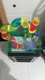 Vendo gaiola para hamsters e acessórios