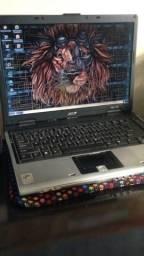 Desapego barbada notebook Acer 250,00