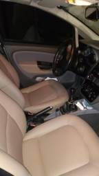 Fiat linea completo 1.8 - 2011