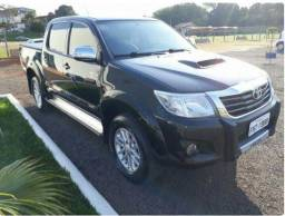 Toyota Hilux Toyota Hilux 2013 - Completa/Diesel/Automática - 2013