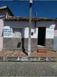 Vendo uma casa em Inhuma Piauí ( 4 cômodos )