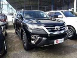 Toyota Hilux SW4 SRX 2.8 4x4 Automática, 5 Lugares - 2017