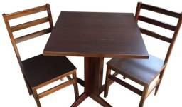 Kit de mesa com cadeiras
