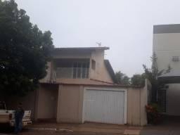 Casa com terreno de 584m2