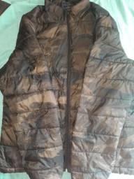 Vendo jaqueta camuflada da abercrombie com capu , comprar usado  Belo Horizonte