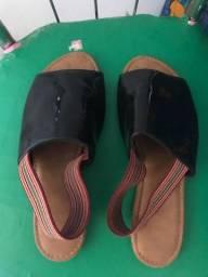 Vendo sandália tamanho 38