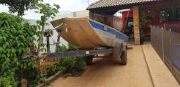 Barco com motor 40hp