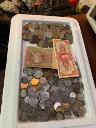Vendo coleção d moedas e cédulas antigas ! 440. moedas de Reis e Cruzeiros e cruzados !