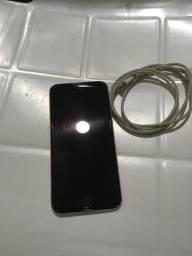 iPhone 6 pra retirada de peças vai com cabo e fonte