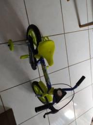 Bicicleta infantil nunca usada (Ipatinga)