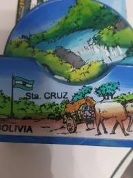 Porta copos Boliviano em madeira pintada diversas paisagens do pais