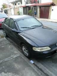 Vectra GL 2.2 Gasolina/GNV 2001 em ótimo estado
