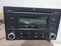 Rádio original Volkswagen ( DEFEITO só pega Rádio / pra conserto)