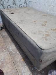 Vende-se  esta cama