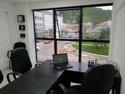 Sala para alugar, 57 m² por R$ 2.100/mês - Centro - Itajaí/SC