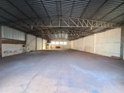 Barracão Comercial de 260 m², para locação, em Álvares Machado- SP