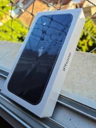 Apple IPhone 11 64GB - Novo, Lacrado com NF e garantia
