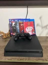 PS4 PRO 1TB,1 controle,5 jogos,18 Meses de garantia,tem nota fiscal