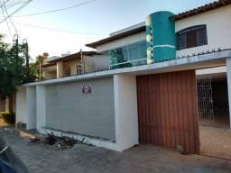 Casa à Venda em Heliópolis