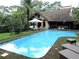 Casa à venda com 3 dormitórios em Granja viana, Carapicuíba cod:REO521651