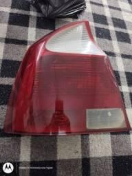 lanterna traseira corsa sedan esquerda original detalhe