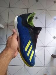 Futsal Adidas botinha
