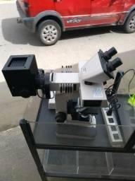 Microscópio Nikon