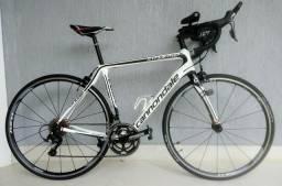 Bicicleta Cannondale Synapse Carbon 105