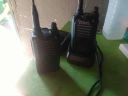 Vendo ou troco por celular um par de rádio comunicador