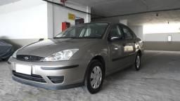 Focus Sedan 1.6 Raridade $900,00 de entrada + 48X 770,00 - 2009