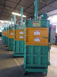 Prensa Hidráulica Vertical - Enfardadeira para fardos de resíduos para Reciclagem