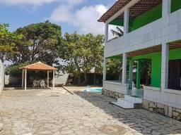 Duplex em Praia Bela - CA0153
