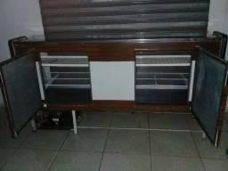 Vendo uma estufa e um expositor de tudo funcionando perfeitamente bem conservados
