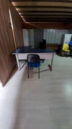 Mesa em L com cadeira!