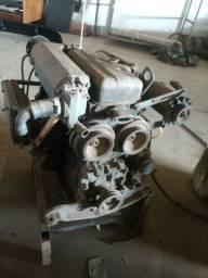 Motor diesel Mitsubishi