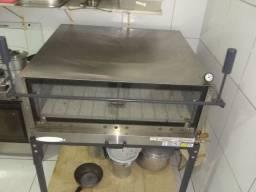 Forno industrial de bolo e pizzas marca Itajobi