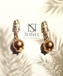 Brincos little Golden ball da Sonel