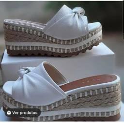 Título do anúncio: Conforto e beleza unidos num calçado só. Venham garantir o seu!!!