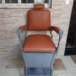Título do anúncio: Cadeira Ferrante Barbeiro (Cabeleireiro)