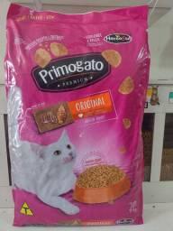 Ração primogato Premium sem corante sabor carne e frango 15kg a partir de R$119,99