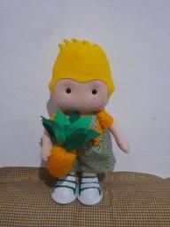 Título do anúncio: Boneco de feltro Abacaxi