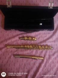 Flauta transversal dourada semi nova