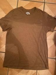 Camisa marrom tamanho M