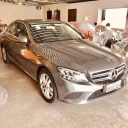 Título do anúncio: Mercedes C200. única