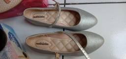 Vendo esses sapatos semi novos