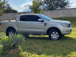 Ford Ranger 2.5 XLT Flex 2017 a mais completa. IPVA pago Particular