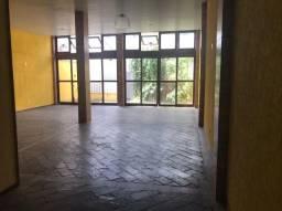 Loja comercial recém-reformada no Centro de Nova Friburgo.