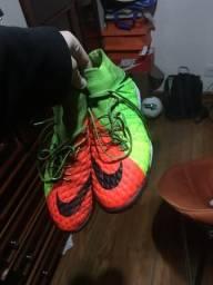 Chuteira Nike Hypervenom Botinha society