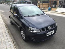Vendo VW Fox 1.6 Higline Flex 8v - 2014