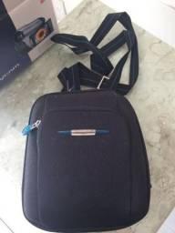Filmadora Handycam Sony 40x zoom, na cx, com bolsa de viagem, muito nova